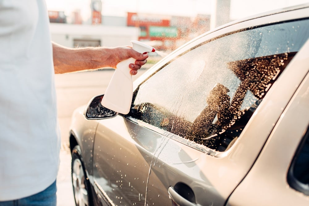 how to clean your car windows like a pro