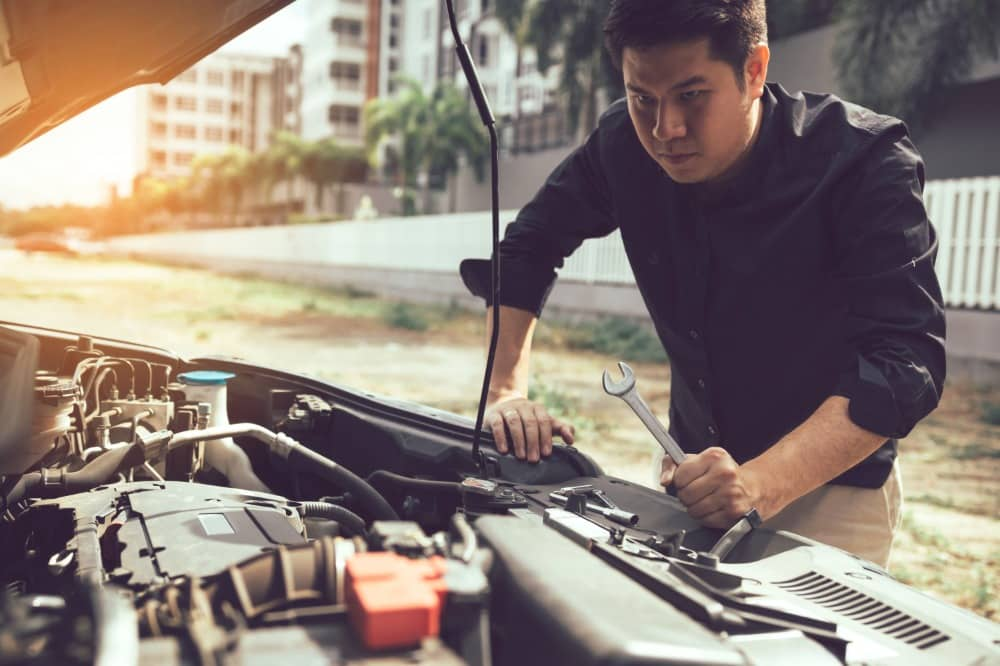 tips for cleaning the car engine bay